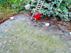 A lápide e a escada de wittgenstein